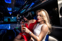 girls-partying-in-a-limousine_3.jpg
